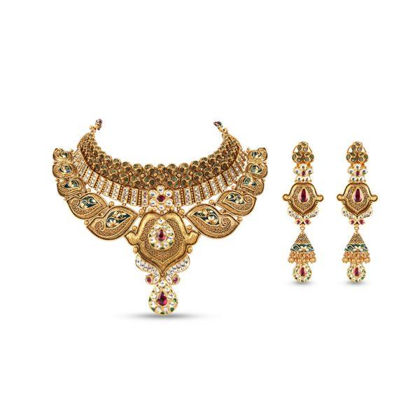 Unblemished-Gold-Necklace chicago fashion