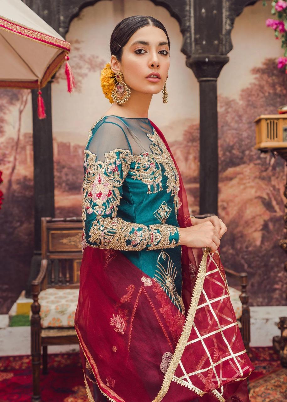 Surayya_Pakistani_Dresses-1